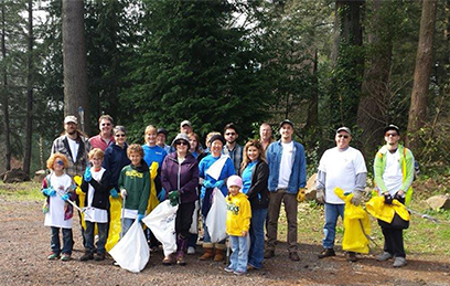 Volunteers clean up Azalea Park